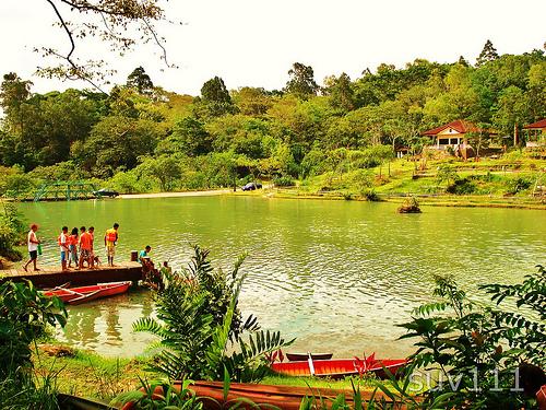 mambukal-boating-lagoon