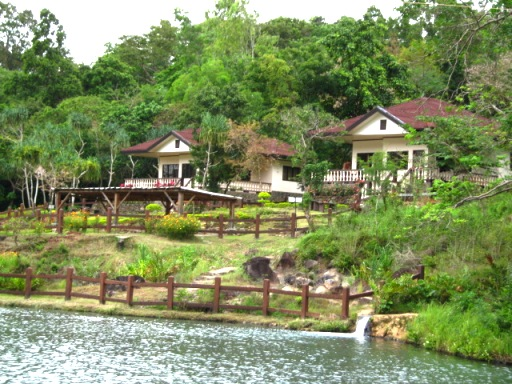 mambukal family cottages