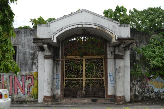 fort san juan gate